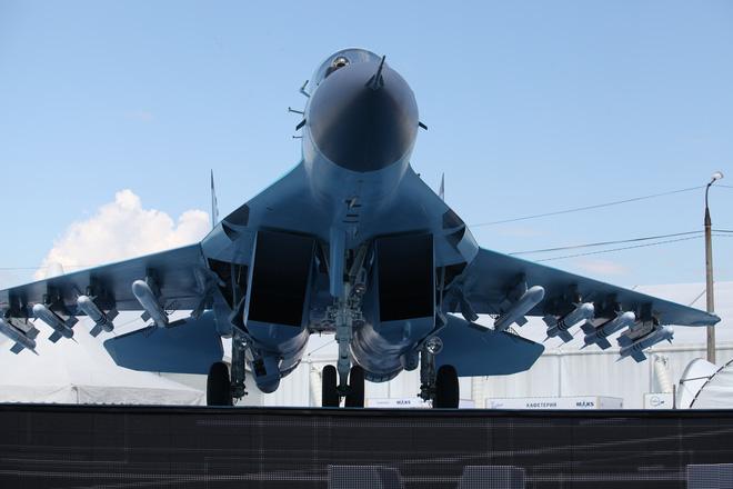 Từ Nga: Loạt ảnh cận cảnh MiG-35 lần đầu lộ diện tại MAKS 2017 - Ảnh 1.