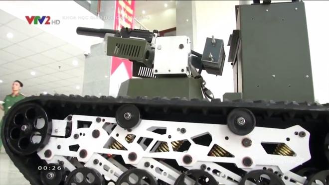 Ấn tượng quân sự Việt Nam tuần qua: Vũ khí tự động do Việt Nam nghiên cứu chế tạo - Ảnh 1.