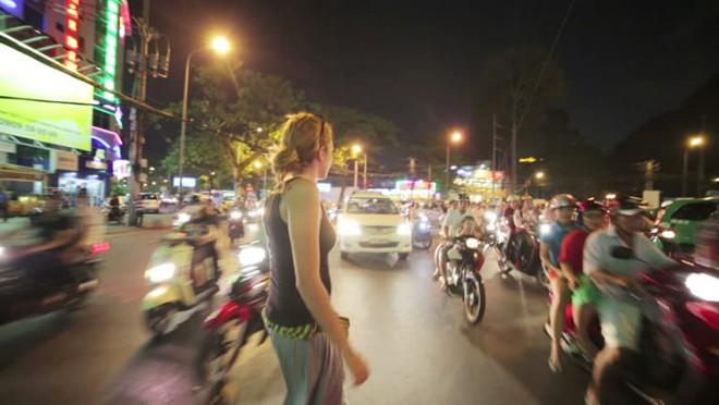 Cô gái ngoại quốc vạch trần 6 điều kỳ cục mà bạn sẽ tìm thấy ở Việt Nam - Ảnh 4.