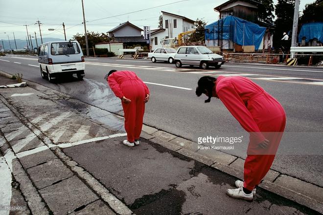 Mua xăng ở Nhật: Được đối xử như một tay đua Công thức 1 - Ảnh 3.