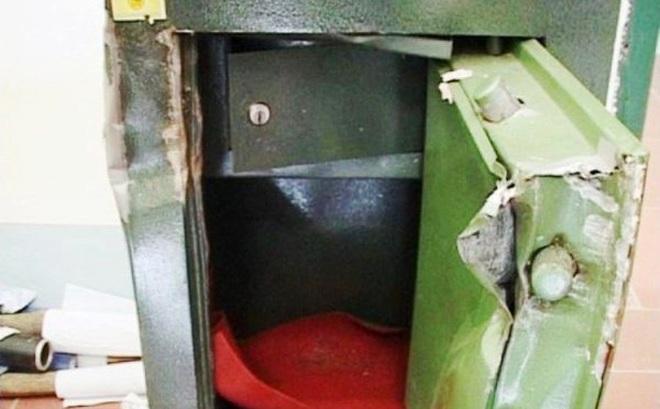 Cảnh sát điều tra vụ báo mất trộm gần 3 tỷ đồng ở Sài Gòn