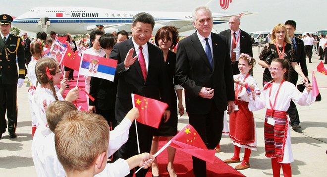 EU lo sốt vó vì Trung Quốc biến mảnh đất màu mỡ này thành cứ điểm mới - ảnh 1