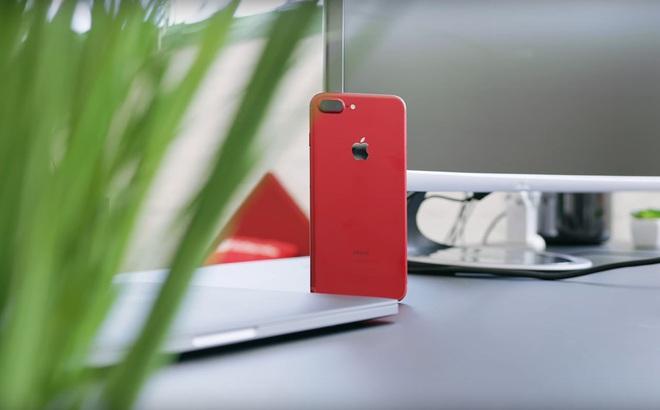 Số phận của chiếc iPhone đỏ sau khi Apple tung ra loạt sản phẩm mới