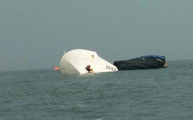 Tàu Hải cảnh Trung Quốc từng đuổi ngư dân Philippines bị tàu hàng đâm chìm