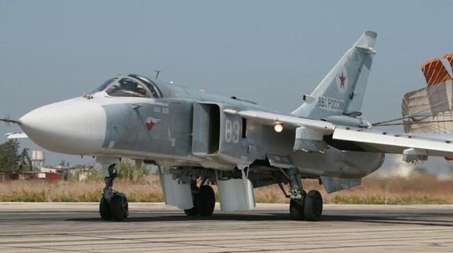 Phi công Su-24 chỉ cần 3s nhảy dù mà không kịp, thủ phạm là thứ không đếm xuể ở Syria? - Ảnh 1.