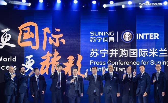 Thương vụ kỳ lạ của người Trung Quốc và hiểm họa với CLB 7 lần vô địch Champions League - Ảnh 5.