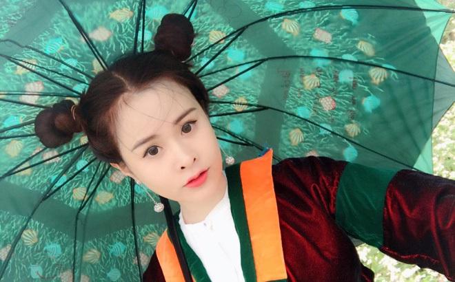 Bà mẹ Quảng Ninh bị nhầm là chị gái của con trai vì quá trẻ