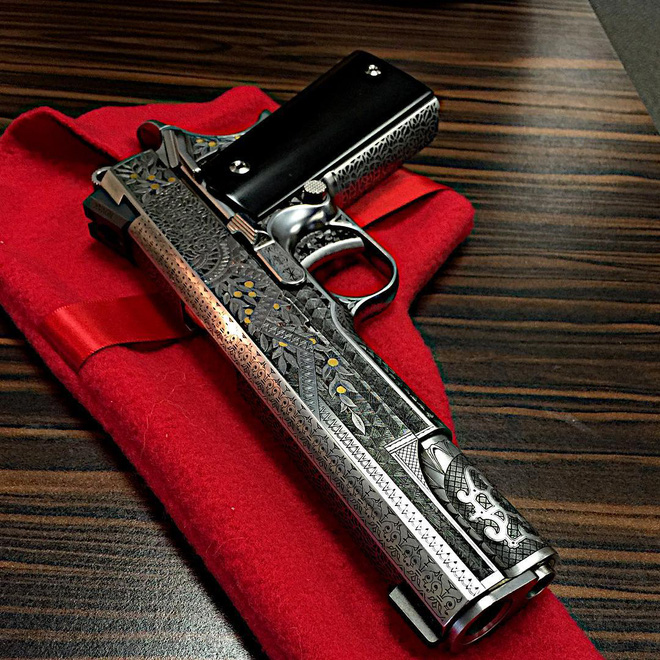 Cabot Guns TRUMP 45 - Súng lục phủ vàng chào mừng vị Tổng thống thứ 45 của Hoa Kỳ - Ảnh 6.
