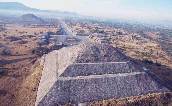 """Phát hiện kim tự tháp mới ở Peru khiến giới khoa học """"xem xét"""" lại nền văn minh Inca"""