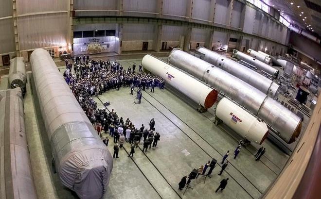 NYT: Nhà máy sản xuất tên lửa Nga ở Ukraine tuồn công nghệ ICBM cho Triều Tiên qua chợ đen