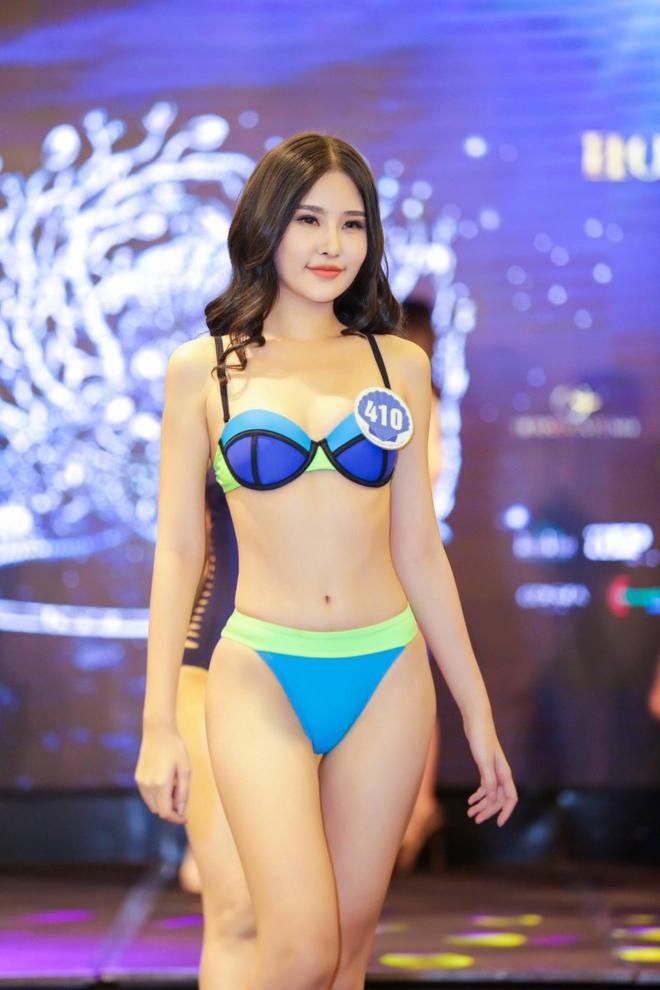 Tân Hoa hậu Đại dương 2017 thừa nhận từng phẫu thuật thẩm mỹ - Ảnh 3.