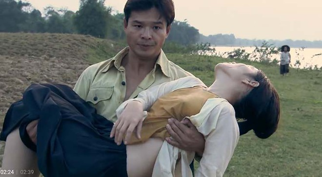 Mặc áo yếm không nội y trong phim Thương nhớ ở ai là tôn trọng lịch sử - Ảnh 1.