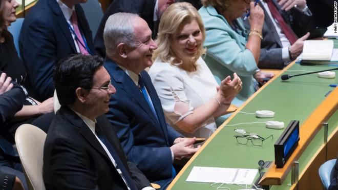 Muôn hình vạn trạng phản ứng của đại biểu với bài nói của ông Trump tại ĐHĐLHQ - Ảnh 7.