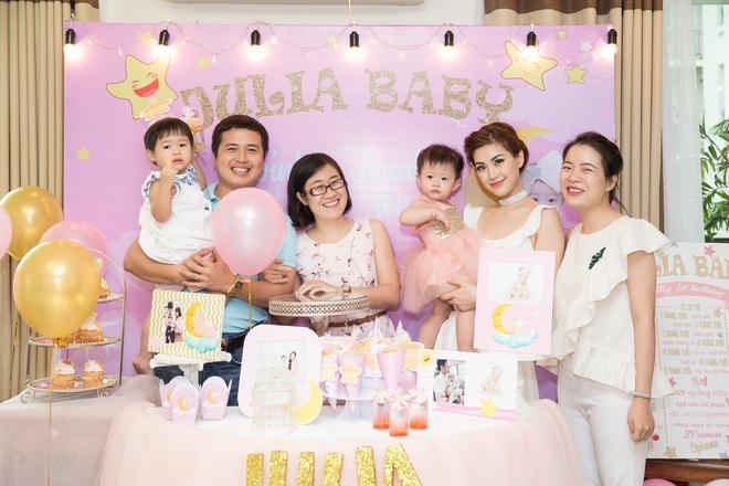 Chồng đại gia vắng mặt, Diễm Trang tự tay tổ chức sinh nhật cho con gái - Ảnh 8.