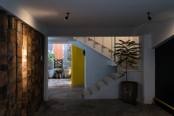 Ngôi nhà trong hẻm của người dân Tp. Hồ Chí Minh đẹp lung linh trên báo Mỹ - Ảnh 5.