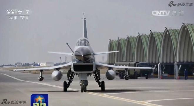 J-10 Trung Quốc ào ạt oanh kích khu vực biên giới giáp Myanmar trong tình hình nóng - Ảnh 1.