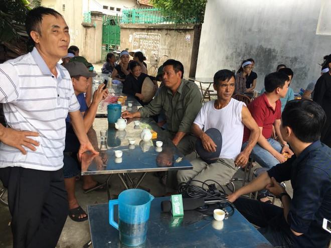Anh trai nạn nhân bị chém ở Vĩnh Phúc: Hiện trường quá khủng khiếp - Ảnh 3.