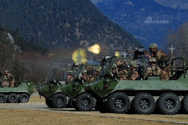 Tây Tạng thêm sức nóng với xe vượt địa hình Linh miêu - Ảnh 1.