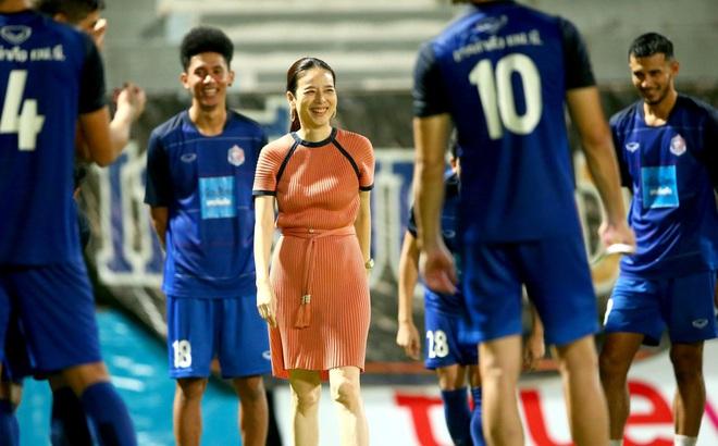 Nữ đại gia Thái Lan chi tiền khủng,