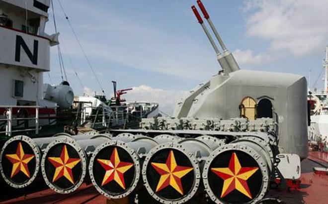 Tư lệnh Hải quân thăm, kiểm tra Lữ đoàn 171 và phi đội EC-225