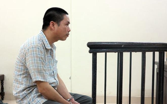 Hai đứa trẻ bơ vơ khi cha đi tù vì giết tình nhân của mẹ