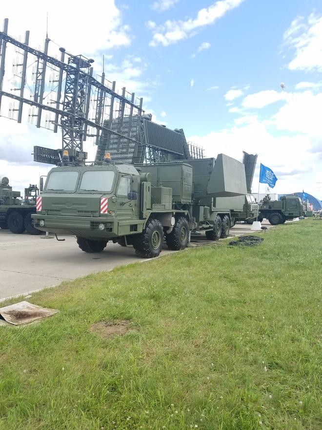 Nga khoe radar Protivnik-GE tại MAKS 2017 - Khách hàng lần đầu lộ diện: Sẵn sàng chiến đấu - Ảnh 5.