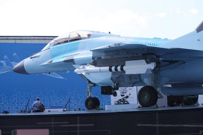 Từ Nga: Loạt ảnh cận cảnh MiG-35 lần đầu lộ diện tại MAKS 2017 - Ảnh 7.