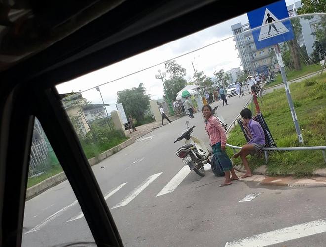 Cậu bé nghèo bị bệnh và hành động bất ngờ của người đàn ông lạ mặt trên chuyến xe khách - Ảnh 1.