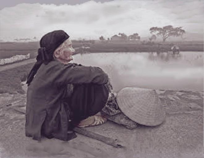 Nhờ 3 bữa cơm chan nước mắt, người mẹ già tìm được người thừa hưởng báu vật của tổ tiên! - Ảnh 2.