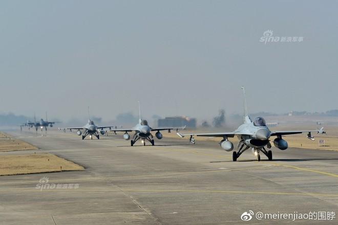 Cảnh báo Triều Tiên: Không quân Hàn Quốc trình diễn Voi đi bộ trong tình hình nóng - Ảnh 3.
