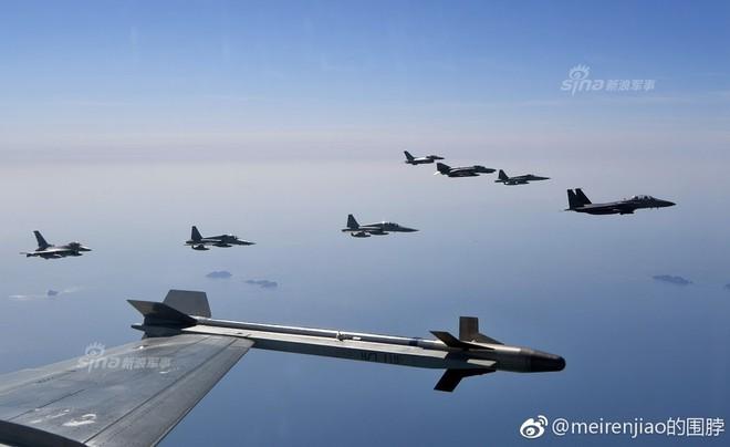 Cảnh báo Triều Tiên: Không quân Hàn Quốc trình diễn Voi đi bộ trong tình hình nóng - Ảnh 8.