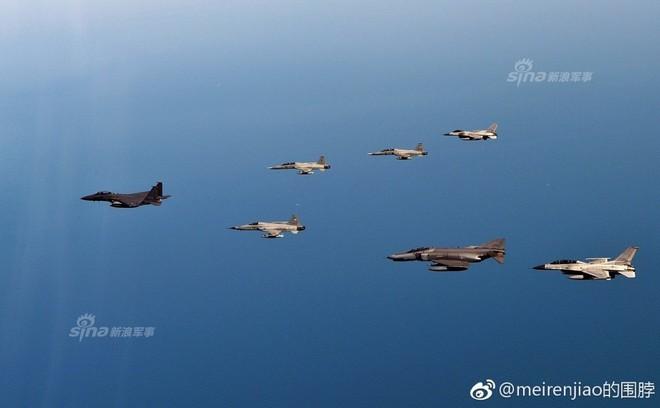 Cảnh báo Triều Tiên: Không quân Hàn Quốc trình diễn Voi đi bộ trong tình hình nóng - Ảnh 9.