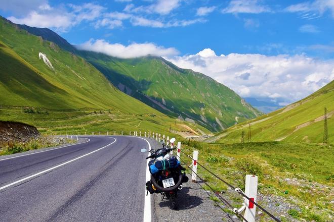 Chàng trai phượt bằng xe máy từ Việt Nam, vượt 20 nghìn km qua 23 quốc gia trong 150 ngày - Ảnh 16.