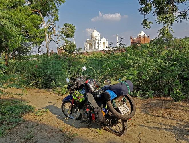 Chàng trai phượt bằng xe máy từ Việt Nam, vượt 20 nghìn km qua 23 quốc gia trong 150 ngày - Ảnh 5.