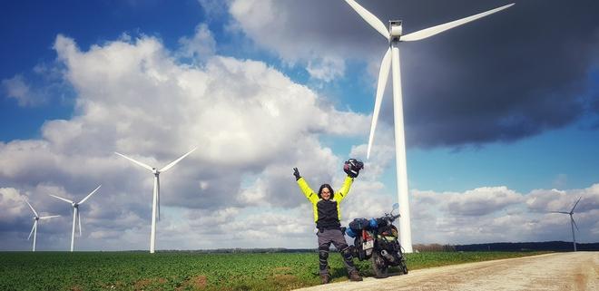 Chàng trai phượt bằng xe máy từ Việt Nam, vượt 20 nghìn km qua 23 quốc gia trong 150 ngày - Ảnh 21.