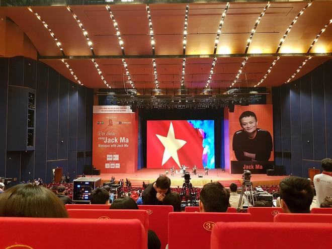Jack Ma sẽ nói gì với sinh viên Việt Nam chiều nay? - Ảnh 1.