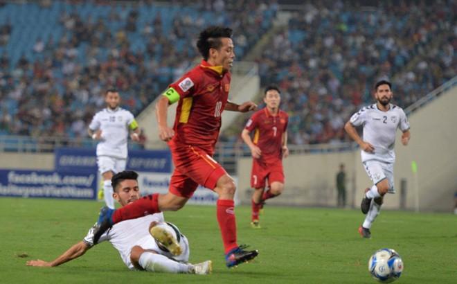 """Việt Nam đoạt vé thành công, HLV Park Hang-seo ra mắt bằng trận hòa """"rụng tim"""" vì sợ"""