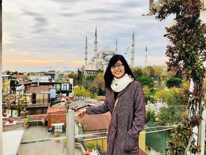 Cô nàng du học sinh bỏ lễ tốt nghiệp Thạc sỹ, phượt đủ 8 nước châu Âu trong một tháng - Ảnh 8.