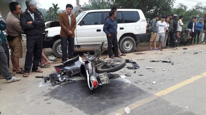 Vụ xe biển xanh va chạm xe máy làm 3 người chết: Ô tô chở lãnh đạo huyện đi công việc - Ảnh 2.