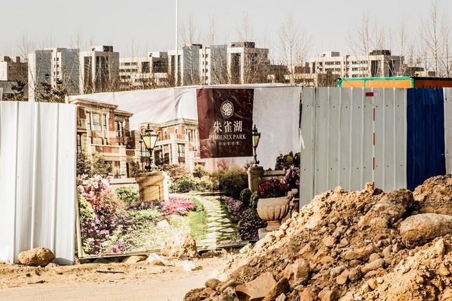 Những thành phố ma giữa lòng sa mạc ở Trung Quốc đang dần tỉnh giấc - Ảnh 4.