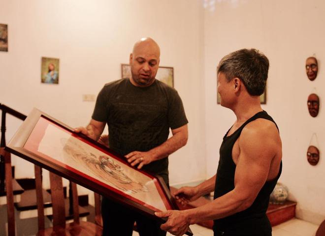 Những hành động đẹp khiến Flores nhận được nhiều thiện cảm ở Việt Nam - Ảnh 3.