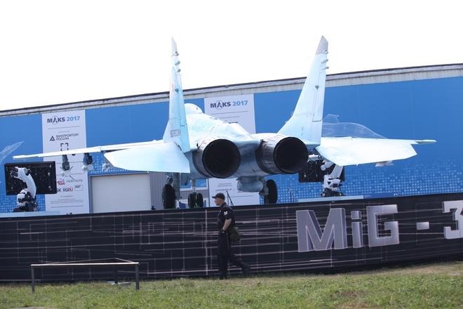 Từ Nga: Loạt ảnh cận cảnh MiG-35 lần đầu lộ diện tại MAKS 2017 - Ảnh 3.