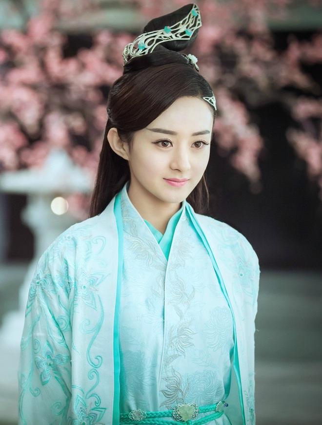 Chuyện ngược đời trong phim Hoa ngữ: Đang từ vai chính bị đẩy xuống vai phụ - Ảnh 3.