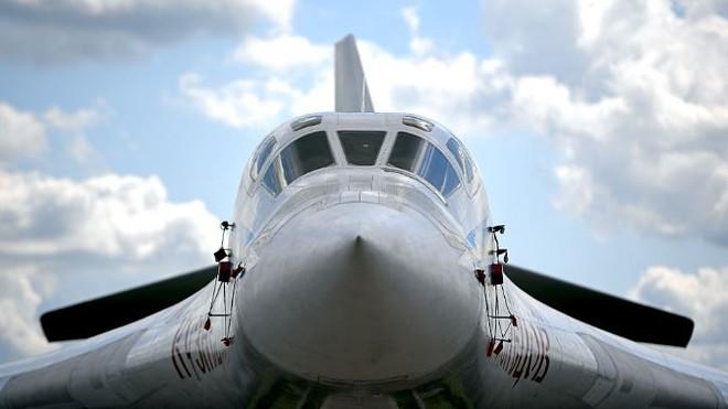Tu-160M2 là một phần của bộ 3 hạt nhân