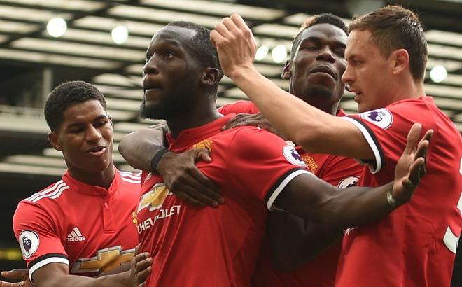 Đừng dạy Mourinho cách dùng Ibrahimovic và Lukaku!