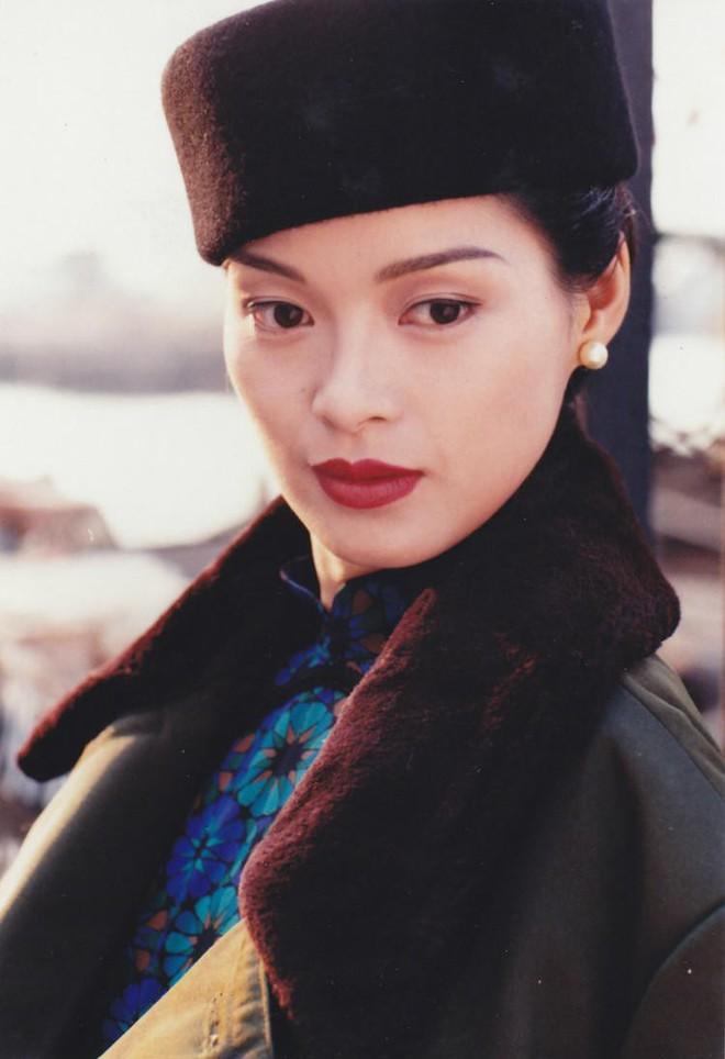 Mỹ nhân Thiên long bát bộ tan nát sự nghiệp sau scandal cưỡng bức, phải bán bảo hiểm mưu sinh - Ảnh 3.