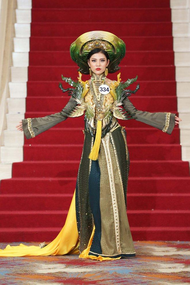 Hoa hậu Hoàn vũ Việt Nam tập 2: Thái độ vô kỷ luật của Mai Ngô gây ức chế - Ảnh 22.