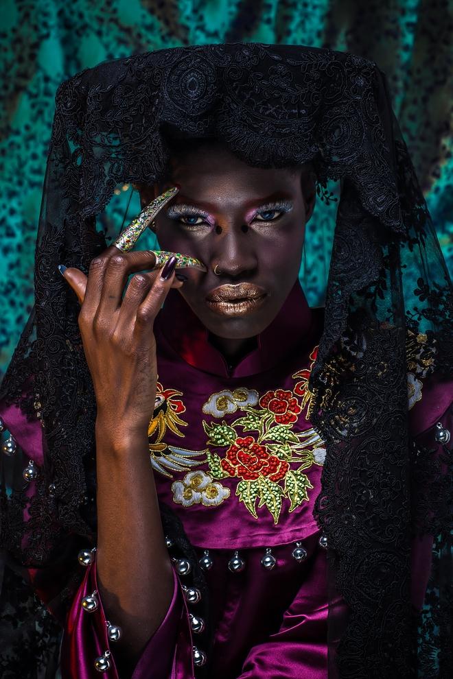 Người mẫu Châu Phi gây ấn tượng mạnh với áo dài Việt - Ảnh 8.