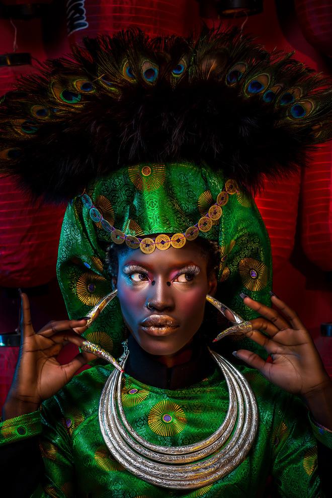 Người mẫu Châu Phi gây ấn tượng mạnh với áo dài Việt - Ảnh 4.