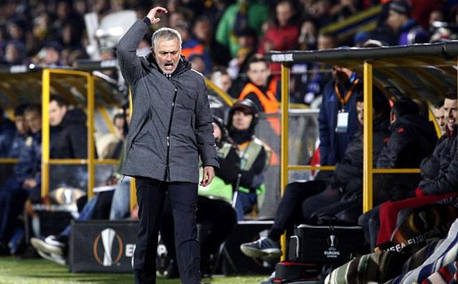Mourinho nổi giận, tuyên bố 3 điều